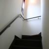 シンプルな階段スペースです。